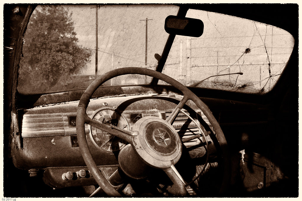 Dodge V